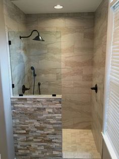 Gorgeous small bathroom shower remodel ideas (72) #RemodelingIdeas