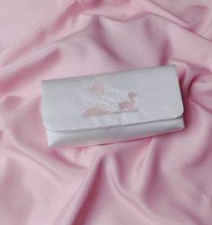 """Brauttaschen - Brauttasche """"Elfenkutsche"""" bestickt ivory - ein Designerstück von Leaena bei DaWanda"""