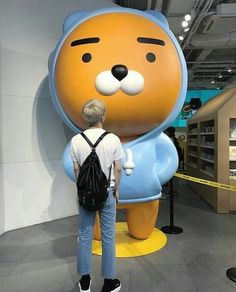 Imagine going with RM to see the giant statue of Ryan and him asking you to take a picture so he can be aesthetic  Goals