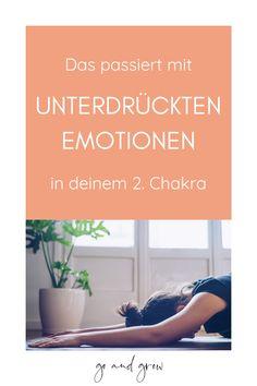 Was passiert mit unseren Emotionen, wenn wir sie nicht herauslassen, sondern unterdrücken? Wie unser Körper Emotionen speichert und wie sich das auf unser Verhalten und unsere Gesundheit auswirkt – erfahre hier mehr! ✨🙏 #Yoga #Spiritualität #Emotionen Chakra Meditation, Chakra Heilung, What I Need, Body And Soul, Ayurveda, Mindset, Health Fitness, Mindfulness, Workout