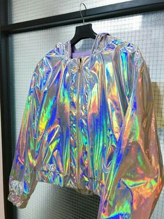 Design for 2 style in one jacket ! Girls Fashion Clothes, Teen Fashion Outfits, Outfits For Teens, Girl Fashion, Parisian Fashion, Bohemian Fashion, Retro Fashion, Style Fashion, Holographic Jacket