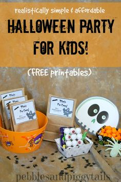 Simple Halloween Minute-to-Win-It Party with FREE Printables! Easy, realistic ideas for a fun but simple party. Free printables invites, thank you cards, tags, and more! Fröhliches Halloween, Halloween Class Party, Halloween School Treats, Halloween Labels, Halloween Birthday, Holidays Halloween, Halloween Activities, Halloween Printable, Halloween Baking