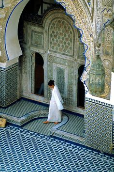 Travel Inspiration for Morocco - Courtyard, Karaouiyne Mosque , Fez Medina, Morocco. Stunning architecture!