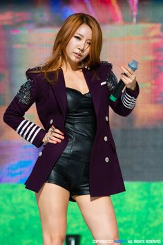 Brown Eyed Girls JeA Brown Eyed Girls, Girl Bands, Brown Eyes, Blazer, Female, Short Form, How To Wear, Jackets, Stage