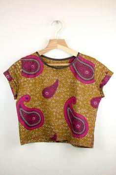 African print Crop Tshirt von JodyShafton auf Etsy, £28.00