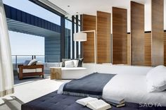 Interior aspect of the Nettleton 199 House in Cape Town by SAOTA