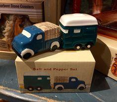 Camper Traveler Set/Salt & Pepper Shakers/Cracker Barrel Old Country Store Salt N Peppa, Old Country Stores, Salt And Pepper Set, Stone Coasters, Kitchen Things, Salt Pepper Shakers, Barrel, Camper, Pots