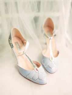 baby blue wedding shoes | Photography: Erin Wilson Photography #weddingshoes