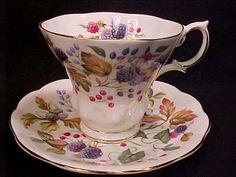 Vintage Royal Albert SUSSEX Random Harvest Tea Cup & Saucer ACORNS BLACKBERRY #RoyalAlbert