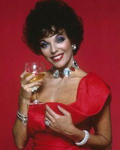 Joan Collins, Jackie Collins, 80s Makeup, 80s Tv, Nyc, 80s Fashion, Wonder Woman, Actors, London