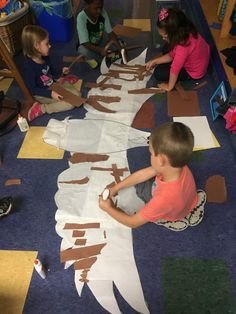 Myers' Kindergarten: The Eagle Project: A Student-Led, Interest Based Inquiry Letter E Activities, Veterans Day Activities, Steam Activities, Activities For Kids, Class Art Projects, School Projects, Kindergarten Literacy, Preschool, Eagle Craft
