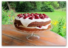 Dreamy Strawberry Cake Recipe