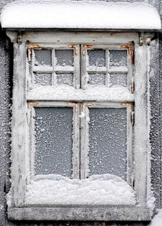 winter is coming. frosted, snowed window pane This would be pretty on the front windows for Winter! Winter Love, Winter Is Coming, Winter Scenery, Winter Magic, Snow And Ice, Snow Scenes, Through The Window, Winter Beauty, Winter Solstice