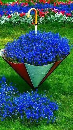 #pottery #planters #pots #homeandgarden #decor #garden #containers #patiodecor #outdoordecor #gardening