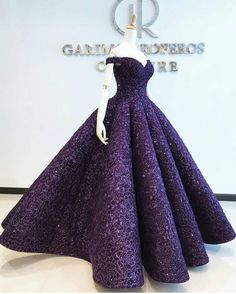 ideas sewing patterns dresses prom evening gowns for 2019 Cute Prom Dresses, Pretty Dresses, Beautiful Dresses, Formal Dresses, Debut Gowns, Formal Dress Patterns, Gown Pattern, Quince Dresses, Ball Gown Dresses