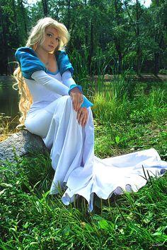 Odette - swan princess costume