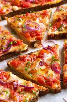 Pizza French Toasts—A gorgeous breakfast packed with flavors that you'll want everyday.