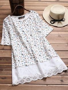 Gracila Vintage Floral Print Patchwork Hollow Short Sleeve T-shirts look chipper and natural. NewChic has a lot of women T-shirts online for your choice, believe you will find your cup of tea. Kurta Designs, Blouse Designs, Stylish Summer Outfits, Indian Designer Outfits, Short Tops, Little Girl Dresses, Latest Fashion Trends, Clothes For Women, Womens Fashion