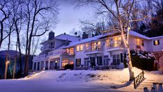 Winter Wonderland Resorts That Brighten Up The Holidays - Manoir Hovey