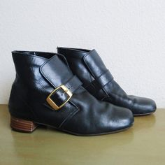 These beautiful leather booties are made of 100% genuine leather. These uppers or heeled booties, date from around 1960 from a California
