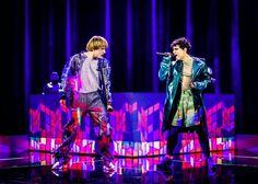 X Factor 11 - Sem E Stènn cantano Let's Go To Bed dei Cure e conquistano pubblico e giurati con la loro esibizione [Video]