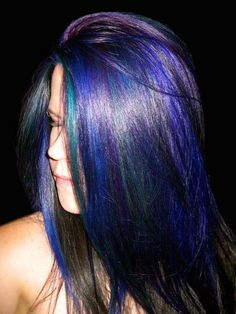 I would love to do this colour, but I don't think I've got the complexion to carry it off.