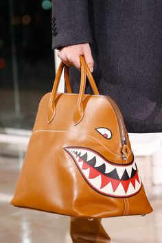 A-t-on trouvé le sac le plus cool de l'hiver prochain ? | GQ