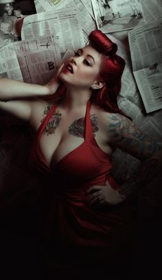 """She was closer to solving the case, the case that had taken over her life"" :::50's Style Pin Up"