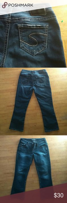 Silver Capris Worn Once- No signs of wear! Make an offer! Silver Jeans Pants Capris