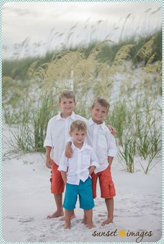 Wedding Beach Pictures Photography Fun 40 New Ideas Beach Picture Outfits, Picture Poses, Picture Ideas, Photo Ideas, Family Beach Pictures, Family Pics, Baby Family, Summer Pictures, Sunset Images