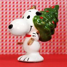 Gather round the Christmas tree! Add to your family tradition with Snoopy, Charlie Brown and the Peanuts gang ornaments, available in our shop at CollectPeanuts.com.