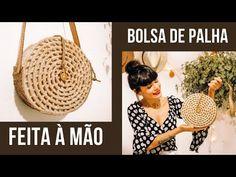 COMO FAZER BOLSA REDONDA DE PALHA - DIY Baratinho | Desafio Méliuz 2 - Ester Carvalho - YouTube Diy Crafts For Home Decor, Crafts To Do, Diy Jute Bags, Diy Purse Making, Crochet Wrap Pattern, Crochet Christmas Gifts, Doll Tutorial, Crochet Projects, Sisal