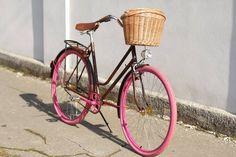 Pink brownie # Egriders Retro Style, Bicycles, Retro Fashion, Passion, Bike, Bicycle, Retro Styles, Riding Bikes, Vintage Shabby Chic