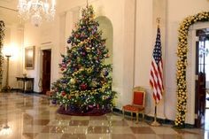 A primeira-dama dos Estados Unidos, Michelle Obama, recebeu algumas famílias de militares na Casa Branca no dia 2 de dezembro de 2015. No evento, uma prévia da decoração natalina da residência oficial do presidente norte-americano em exercício foi apresentada aos convidados, entre eles, muitas crianças