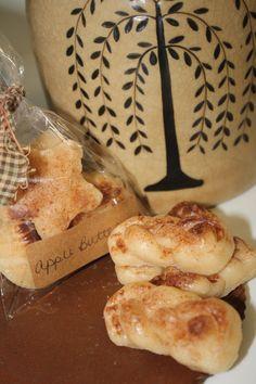 Primitive Apple butter tarts by JarheadPrimitives on Etsy, $3.50