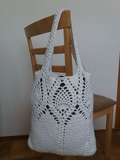 Pine Top Market Bag crochet pattern by emmhouse