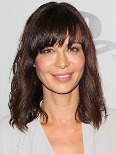 Medium Length Hairstyles With Bangs Helena Christensen Medium Wavy Cut With Bangs  Pinterest  Helena