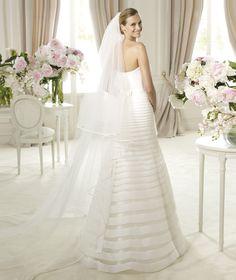 Pronovias presents the Ulanova bridal dress, Glamour 2013.   Pronovias
