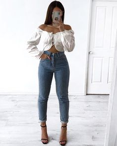 Nude Outfits, Casual Outfits, Fashion Outfits, Womens Fashion, Fashion Clothes, Girls Taking Selfies, Winter Outfits, Summer Outfits, Street Look