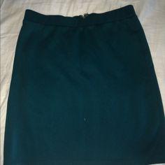 Forever 21 miniskirt Green forever 21 miniskirt with zipper up the back Forever 21 Skirts Mini