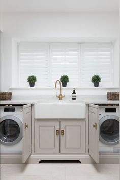 8 Minimalist Room Laundry Design Ideas With Using Narrow Space In Your Home - Boot Room Utility, Small Utility Room, Utility Room Designs, Small Laundry Rooms, Utility Room Ideas, Utility Room Sinks, Garage Laundry Rooms, Laundry Closet, Home Interior