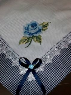 This Pin was discovered by Dor Cross Stitch Embroidery, Embroidery Patterns, Hand Embroidery, Cross Stitch Patterns, Machine Embroidery, Crochet Projects, Sewing Projects, Christmas Table Cloth, Heirloom Sewing