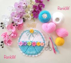 Lif Modelleri 2018 ,  #lifmodelleriyenisezon #liförgümodelleri #yenilifmodelleri , Renk renk sizlere fikir verecek 2018lif modelleri galerisi hazırladık. Bunlar sizlere fikir verecek modeller. Bazı örneklerin yapılışı ayrı... Crochet Doilies, Crochet Hats, Diy And Crafts, Blog, Crochet Patterns, Christmas Ornaments, Knitting, Holiday Decor, Crochet Flowers
