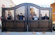 rustic driveway gate   gates driveway gates electric gate materials automatic openers or ...