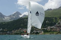 If your tacking is a match for the tricky Maloja wind, set sail with your own crew. Or book the 27' Badrutt's Palace, sleek and white, with its own skipper for an afternoon on Lake St Moritz as part of your Sailing the Badrutt's Package.
