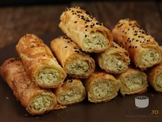 Aluat 230 gr faina alba (tip , 100 gr unt t. Savory Tart, Appetizers, Pie, Favorite Recipes, Bread, Cheese, Cooking, Healthy, Romania