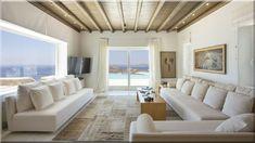 modern görög nappali Mediterrán házak, kerti konyha Fagerendás födém modern nappaliban Görög otthon modern nappali Hálószoba görög fagerendás házban (Lakberendezés 10)