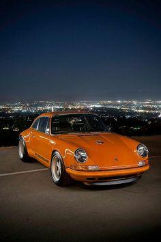 Macchine/Cars Singer Porsche CA Singer Porsche, Porsche 356, Singer 911, Porche 911, Porsche Autos, Porsche Cars, Porsche Logo, Classic Sports Cars, Bmw Classic Cars