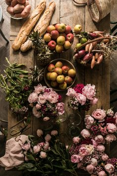 Beatiful arranged fruit and flowers, Skye McAlpine Tablescape Food Photography Styling, Food Styling, Bouquet, Fall Scents, Gal Meets Glam, Arte Floral, Along The Way, Food Art, Food Food