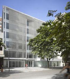 Imagen 2 de 16 de la galería de Oficinas Leblon / Richard Meier & Partners. Fotografía de Roland Halbe